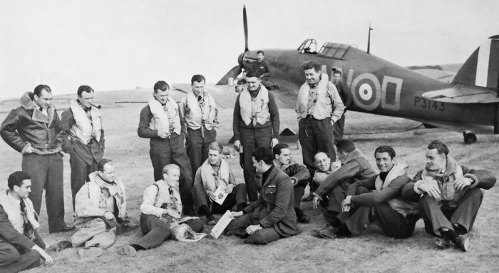 Men of 310 Squadron RAF, Duxford, September 1940. 6 of the pilots pictured did not survive the war.